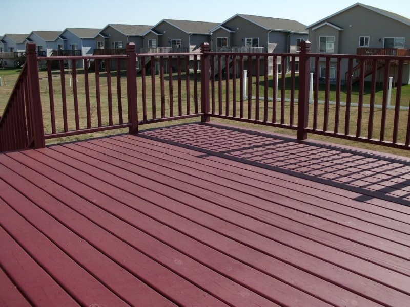019_Deck_Staining