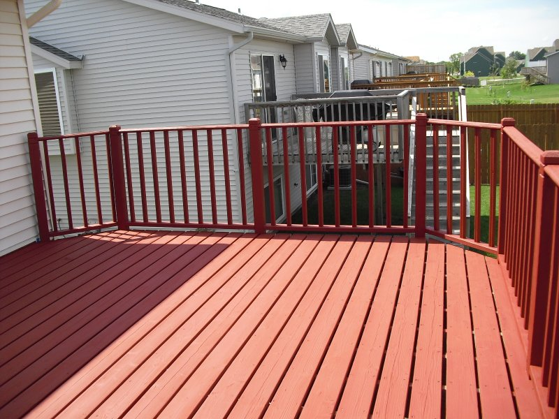 026_Deck_Staining